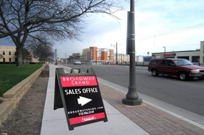 Folding Side Walk Sign