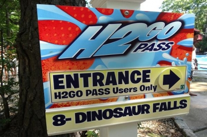 Directional Aluminum Sign For Dinosaur Falls