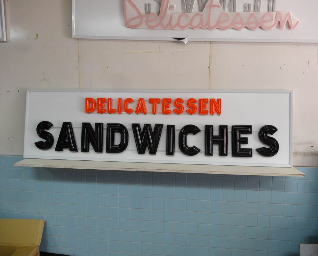 illuminated lighted plastic letters fabrication