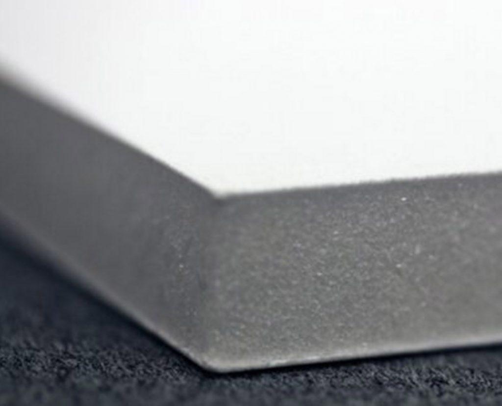 polystyrene foam sandwiched